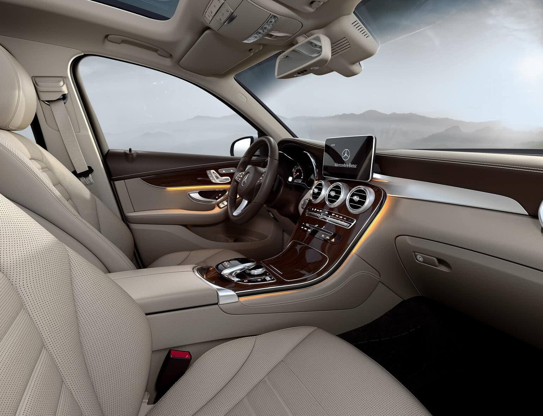 2020 Mercedes GLC Interior Space