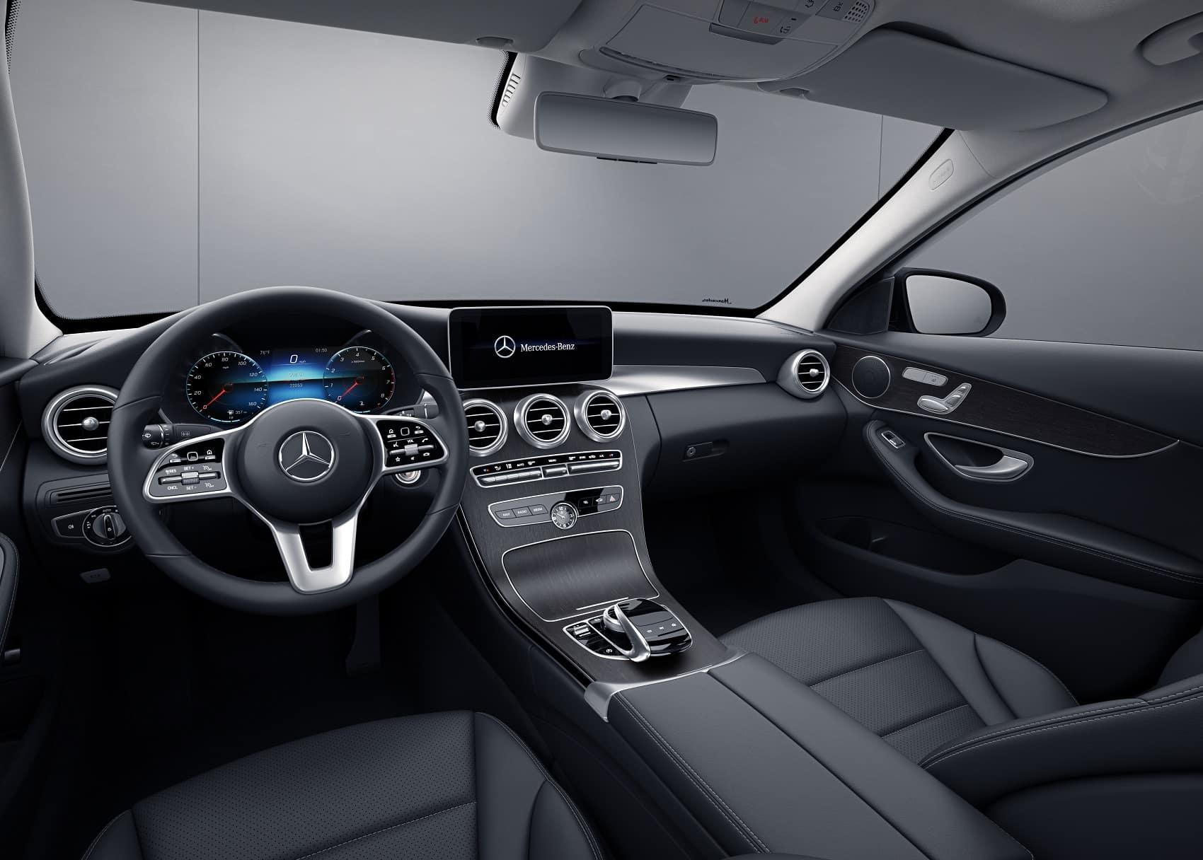 Mercedes C-Class Interior Technology