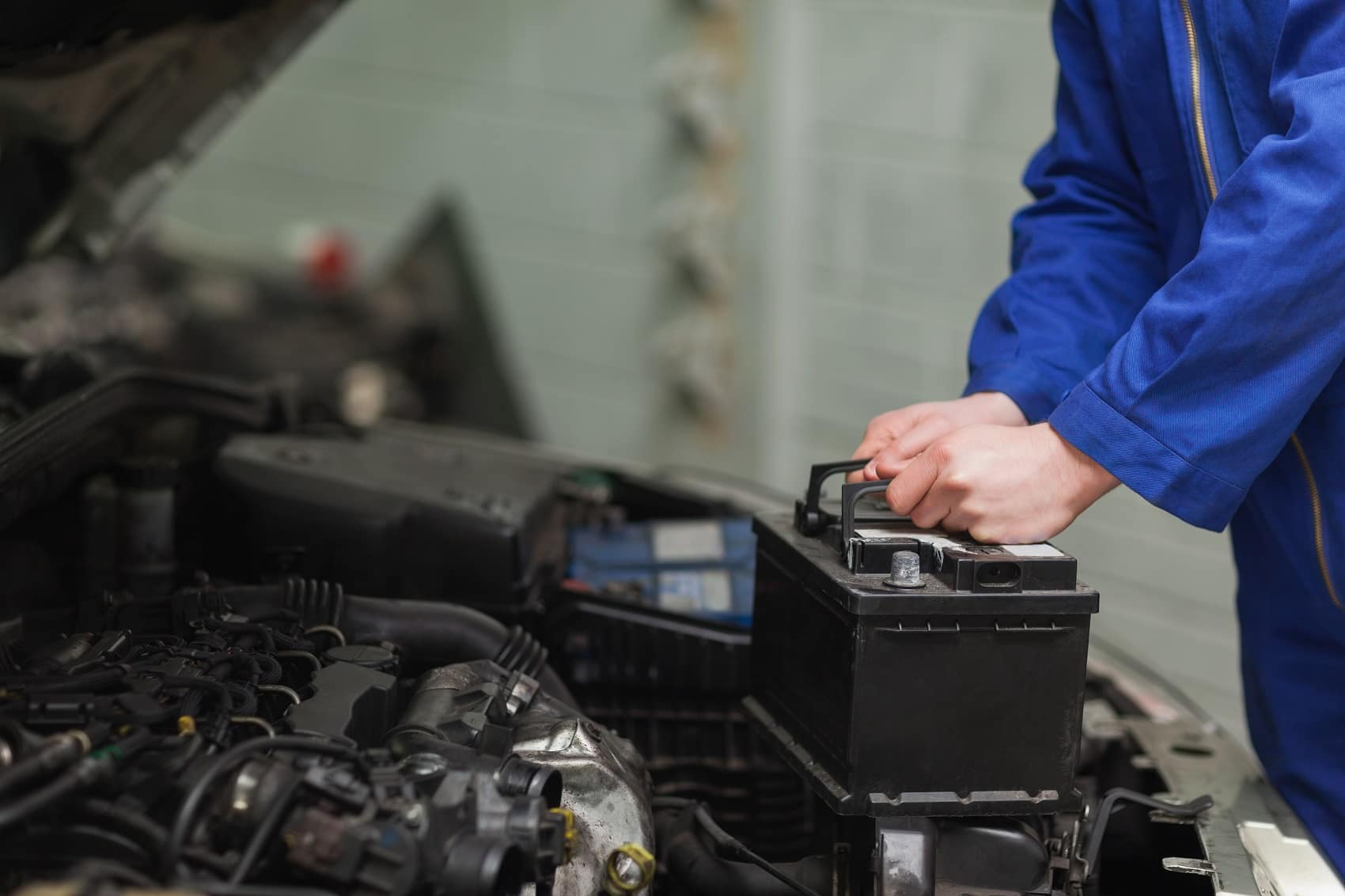 Car Battery Replacement at Service Center
