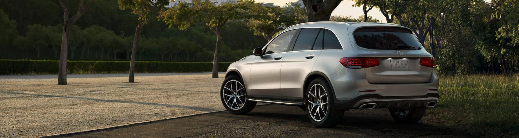 Mercedes-Benz GLC Side