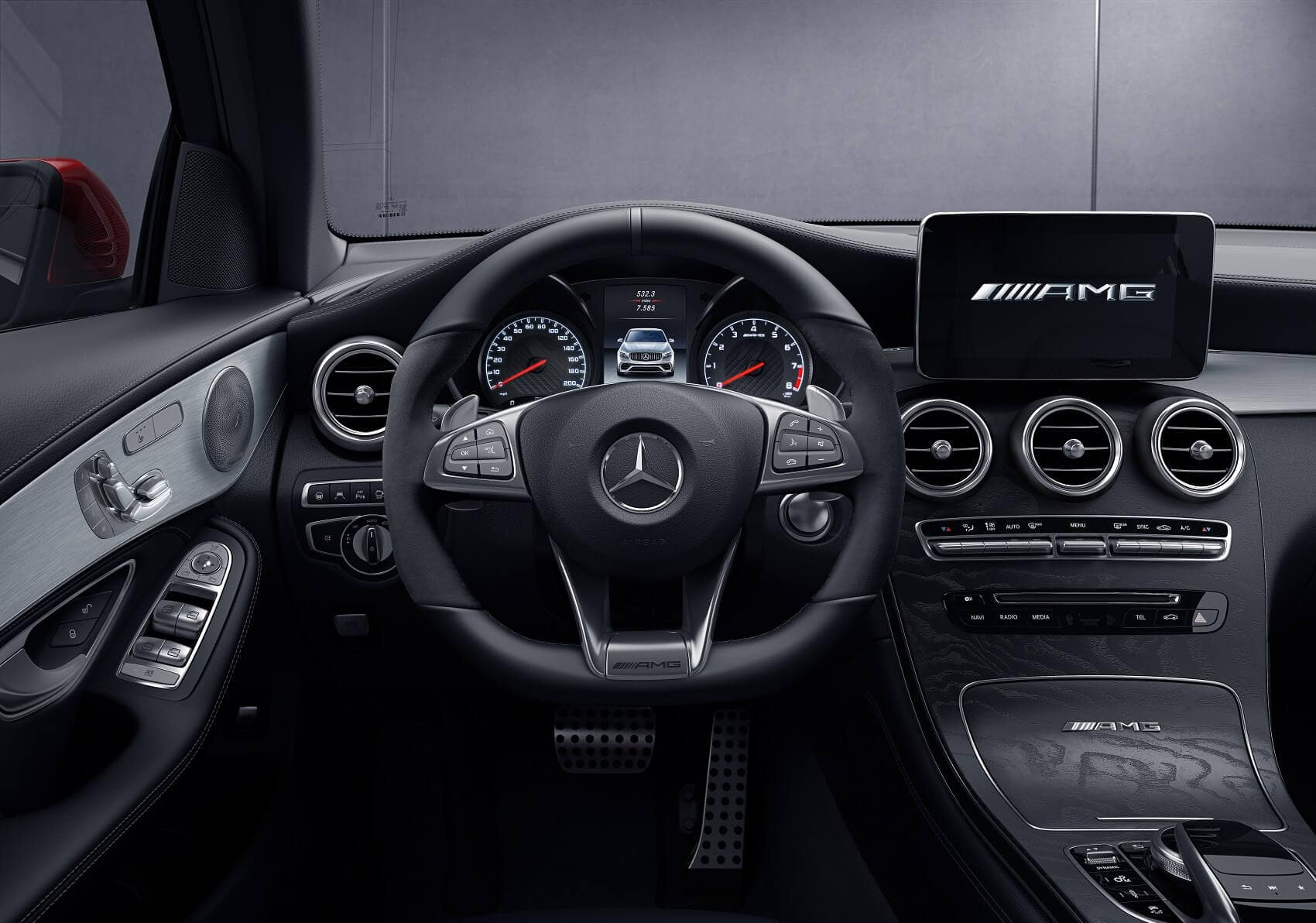 Mercedes GLC Interior Technology
