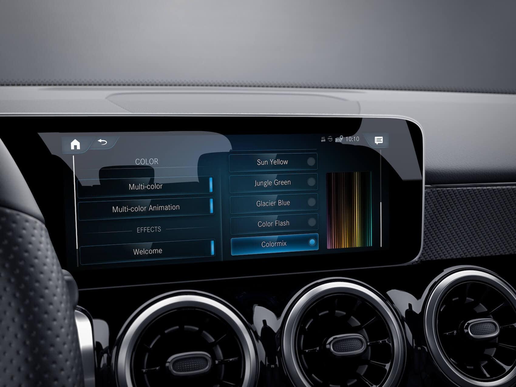 Mercedes-Benz GLB Tech