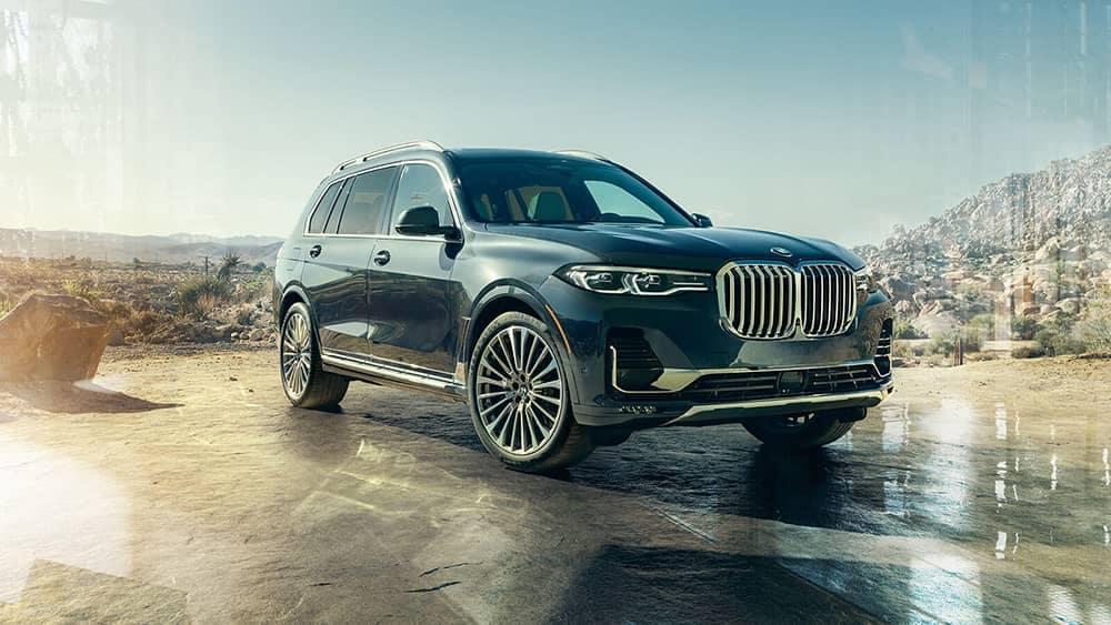 2020 BMW X7 Parked