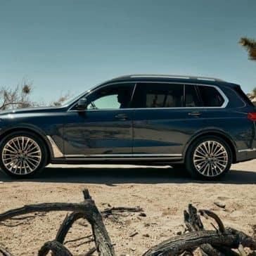 2020 BMW X7 Side View