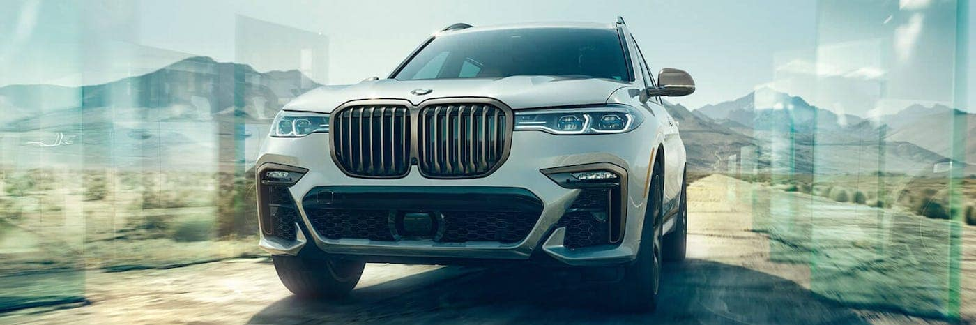 Front view of a new 2020 BMW X7