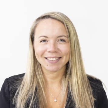 Christie  Reichert