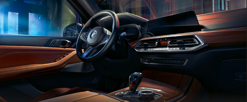 Front interior of a 2020 BMW X5