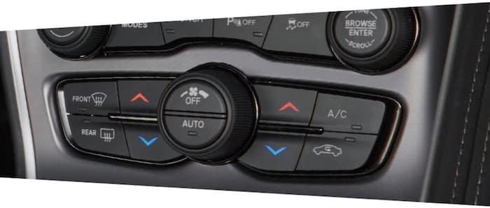 2021 Dodge Challenger dual-zone temperature control