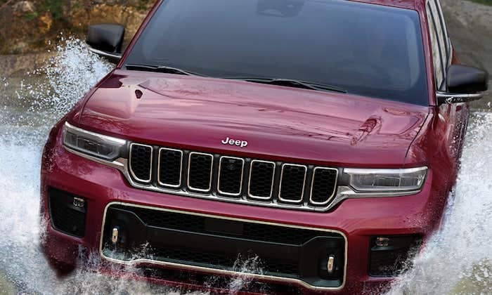 2021 Jeep Grand Cherokee L 24 inches of water fording capability