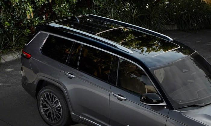 2021 Jeep Grand Cherokee L available black painted roof
