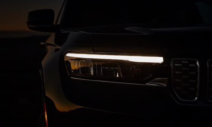 2021 Jeep Grand Cherokee L premium led lighting