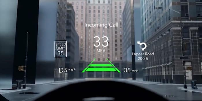 2021 Jeep Grand Cherokee L available head-up display