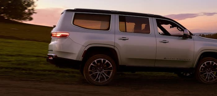 2022 Jeep Grand Wagoneer premium color-tinted glass
