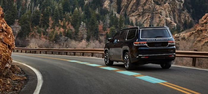 2022 Jeep Grand Wagoneer Active Lane Management System