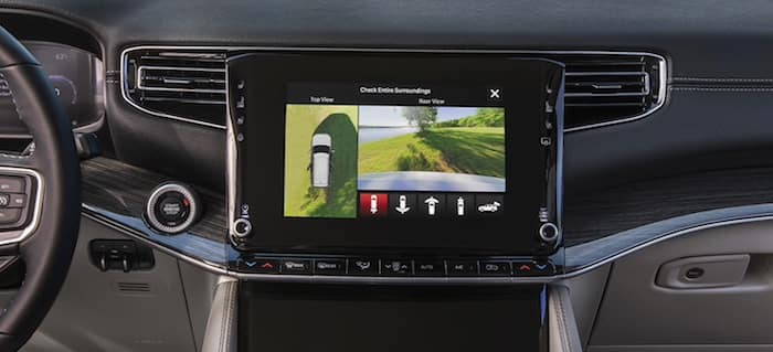 2022 Jeep Wagoneer available surround-view camera
