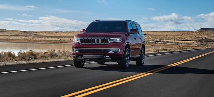 2022 Jeep Wagoneeradaptive cruise control