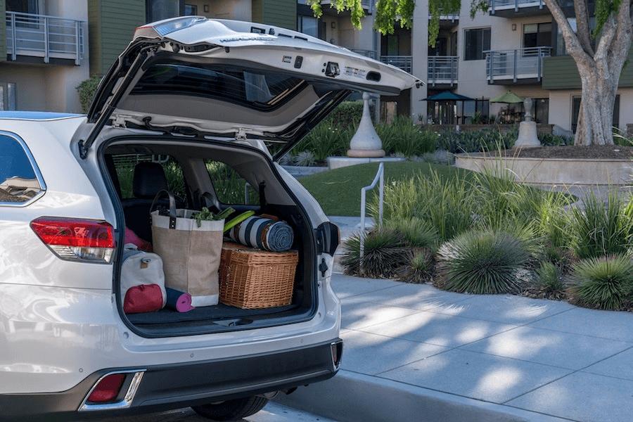 Toyota Highlander Cargo