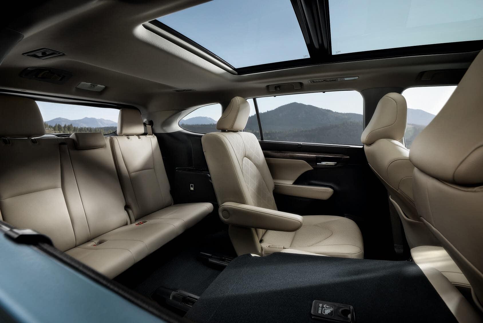 2020 Toyota Highlander Interior Space