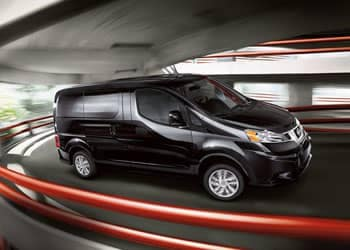 3-nissan-commercial-nv200