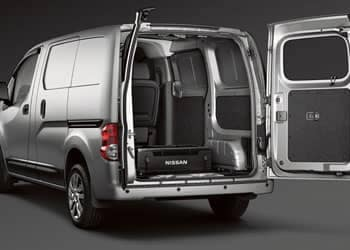 5-nissan-commercial-nv200