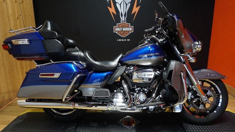 Pre-Owned 2017 Harley-Davidson Touring Ultra Limited FLHTK
