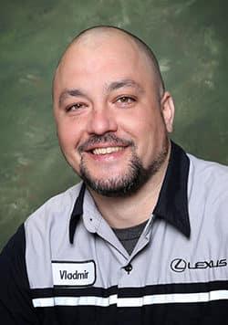 Vladimir  Oleynikov