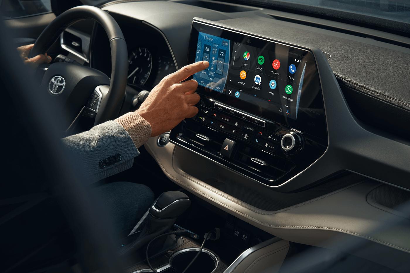 2020 Toyota Highlander Infotainment