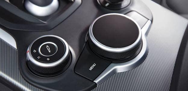 Alfa Romeo Stelvio Technology