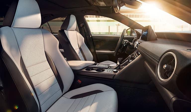 New 2021 Lexus IS Pembroke Pines FL