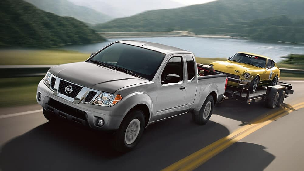 2019 Nissan Frontier towing Car