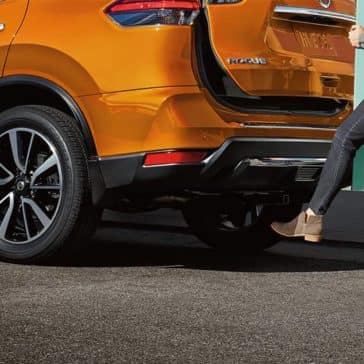 2020-nissan-rogue-hands-free-liftgate